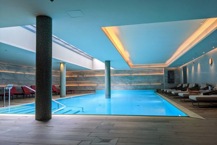Indoor Pool im befine Spa